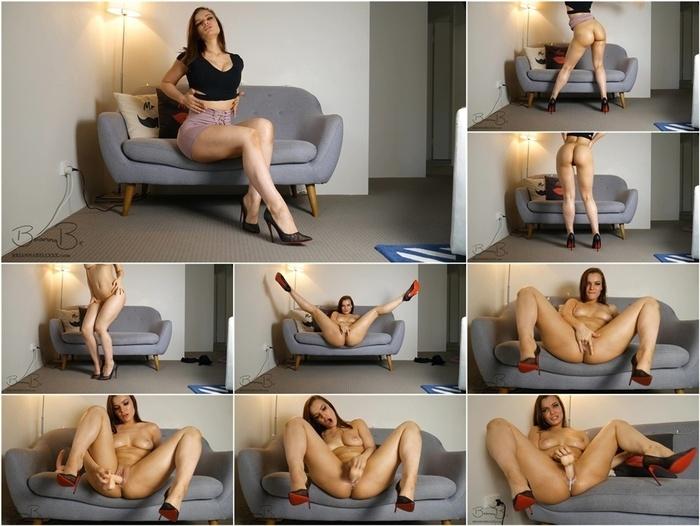 ManyVids presents BriannaBellxxx – Red Heels masturbation