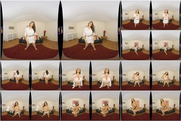 ZexyVR presents Perfect Cleavage – Amelia B 6K
