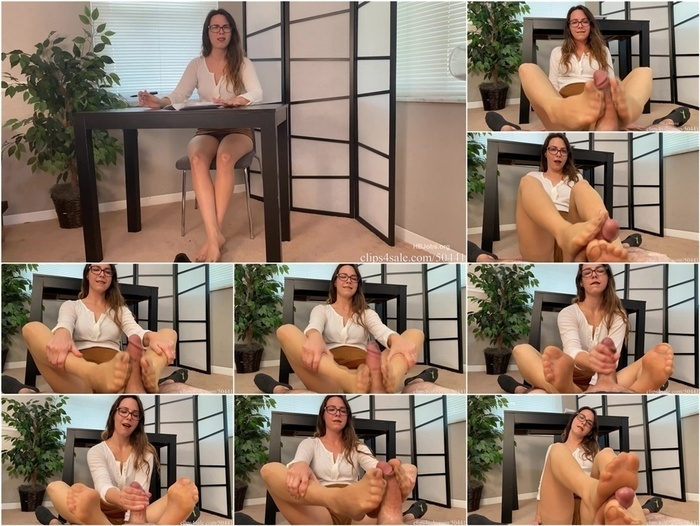 Bratty Babes Own You – Caught Staring At Sisters Feet while doing home work HD – First Footjob