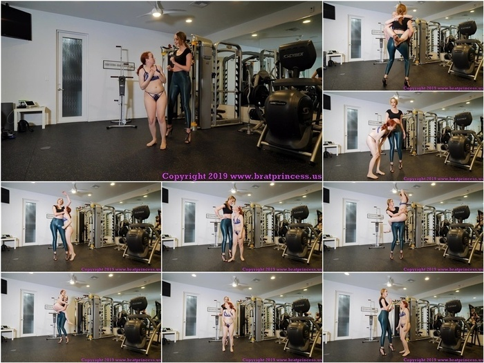 Brat Princess 2 – Lizzy Lamb and Sablique von Lux – Tiny Girl Pushed Around in Gym