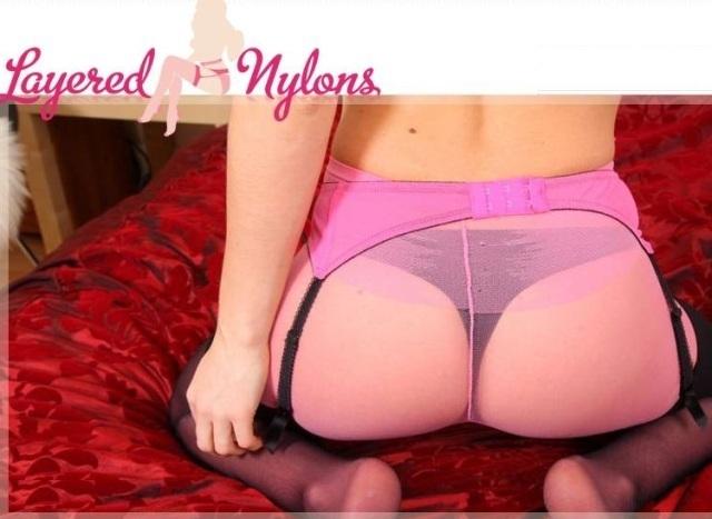 Layered-Nylons.com – SITERIP