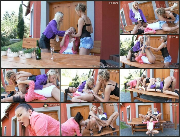 Regina and Nathaly Cherie – Pussy Picnic (Full HD)