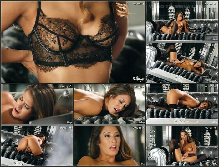 Eva Lovia (Full HD)