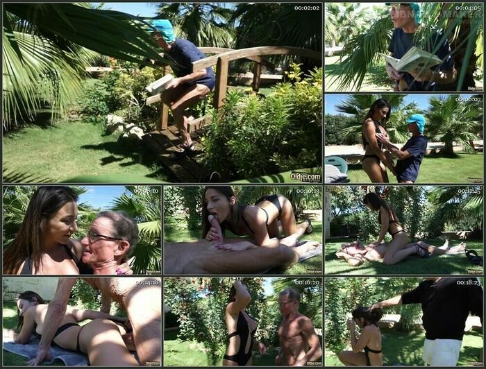 552 Julie Skyhigh (Full HD)